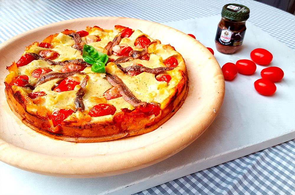 Pizza-Clafoutis-mozzarella-acciughe-e-basilico-01