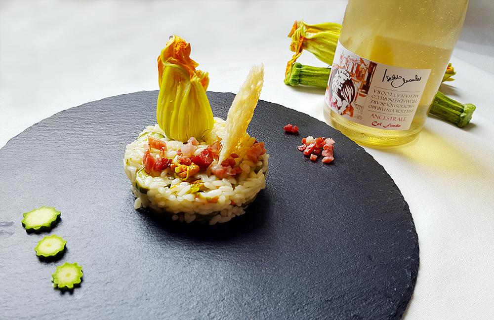 Risotto-con-zucchine-i-suoi-fiori-e-speck-croccante1